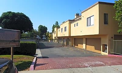Vista Park Chino Apts, 2