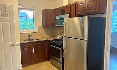 Kitchen, 74 Hayward Pl, 2