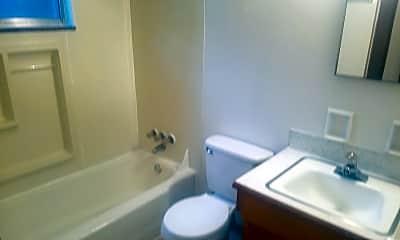 Bathroom, 167 Delhi Ave, 2