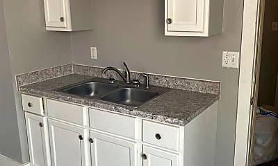 Kitchen, 1451 W 4th St, 1