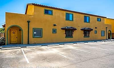 Building, 774 E Seneca St, 2