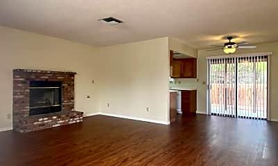 Building, 1004 W Perdew Ave, 1