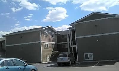 Railhead Apartments, 1