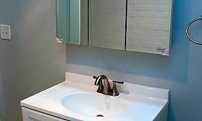 Bathroom, 826 N Humboldt St, 2