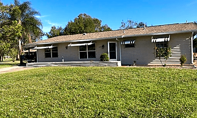 Building, 273 SW Dabney Dr, 1