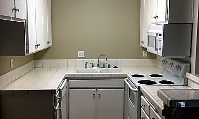 Kitchen, Olive Tree Apartments Norwalk, 2