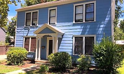 Building, 812 E 30th St, 0