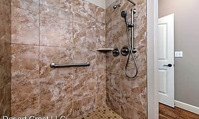 Bathroom, 701 S Mock St, 2