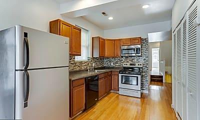 Kitchen, 4031 Green St B, 1