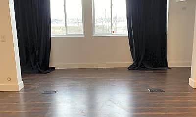 Living Room, 265 N Vine St, 0