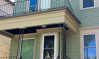 Building, 2939 N Pierce St, 2
