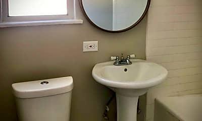 Bathroom, 1221 N Vermont Ave, 1