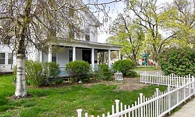 Building, 145 Pleasant St 2, 1