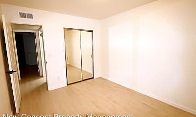 Bedroom, 650 N Richey Blvd, 2