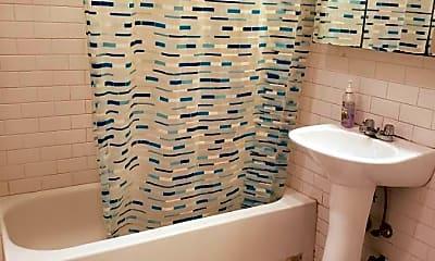 Bathroom, 5 W 16th St, 2