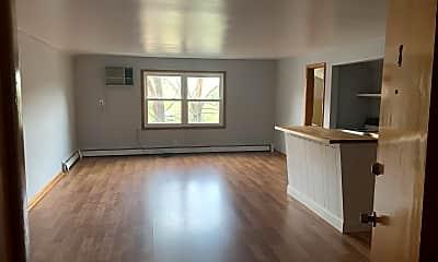 Living Room, 17506 Nottingham Rd, 1