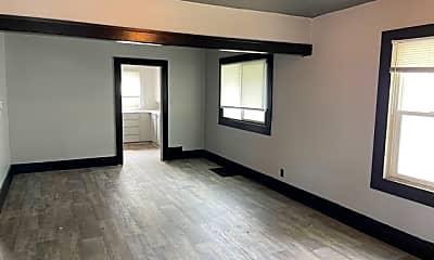 Living Room, 1525 Delaware Ave, 1