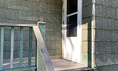 Patio / Deck, 1106 NE Jefferson St, 0