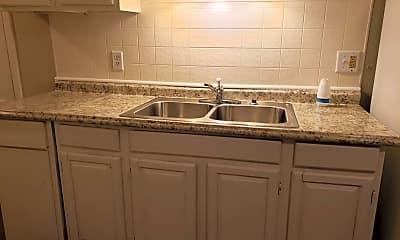 Kitchen, 613 Monroe Ave, 1