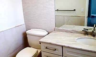 Bathroom, 5601 NW 2nd Ave 327, 2