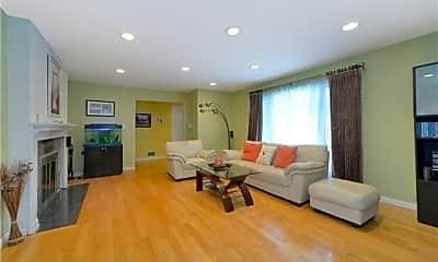 Living Room, 24 20th St, 1