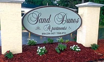 Sand Dunes Apartments, 1