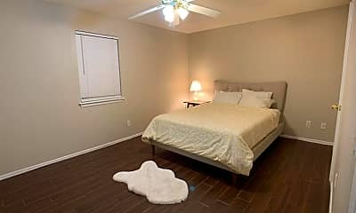 Bedroom, 11425 N May Ave D, 2