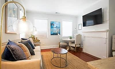 Living Room, 121 Calhoun St, 0