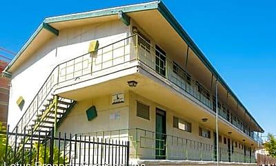 Building, 1970 N Beachwood Dr, 0