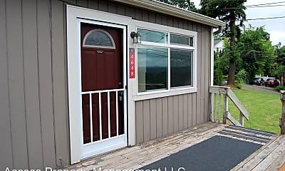 Patio / Deck, 4682 Riverview Ave, 1