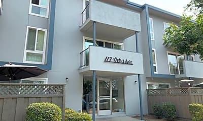 Building, 117 Vera Ave, 0