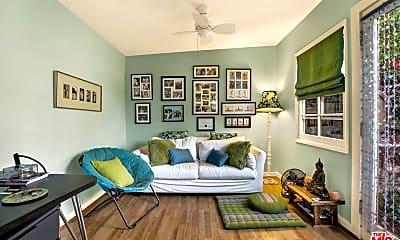 Living Room, 2260 Parnell Ave, 2