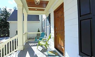 Patio / Deck, 513 Phelps Ave, 2