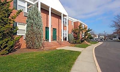 Building, Holmdel Pointe, 0