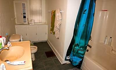 Bathroom, 335 E Ann St, 2