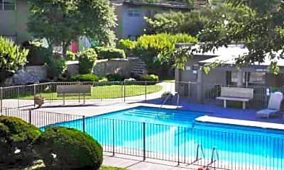 Pool, Seville West, 0