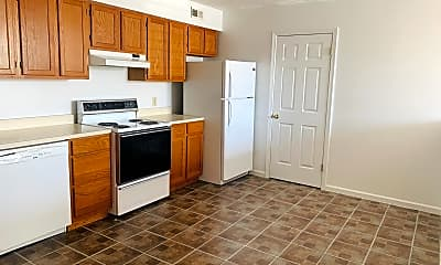 Kitchen, 215 S Eaton St 1B, 1