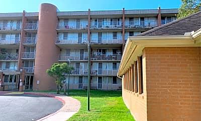 Laurel Plaza Apartments, 0