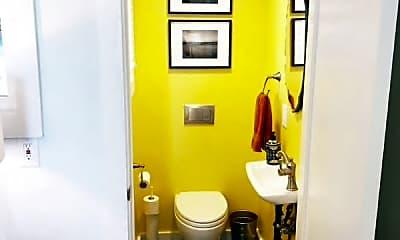 Bathroom, 432A Vallejo St, 2