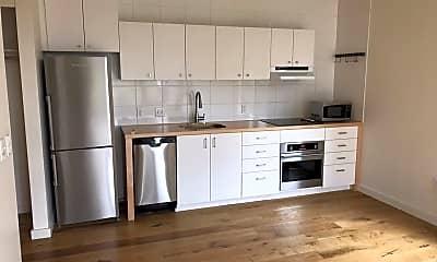 Kitchen, 33 N Beech St, 1