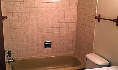 Bathroom, 2183 Vernon Dr, 2