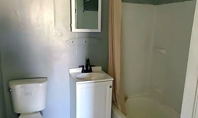 Bathroom, 5023 Frazee Ave, 1
