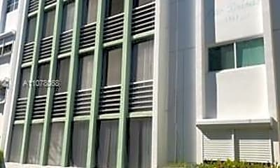 Building, 1939 Jefferson St 202, 2