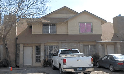 Building, 7502 Oak Chase, 0