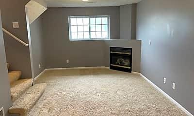 Living Room, 17820 Margo St, 2
