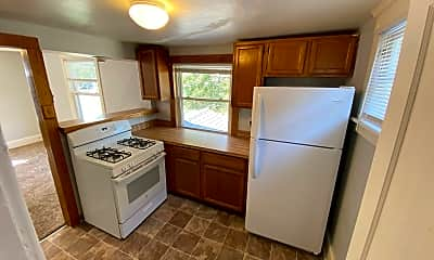 Kitchen, 1216 N Walnut St, 1