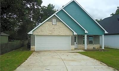 Building, 310 Saddle Rd, 1