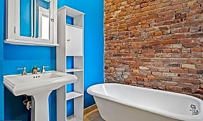Bathroom, 316 Monroe St, 2
