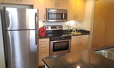 Kitchen, 30 Franklin Apartments, 1