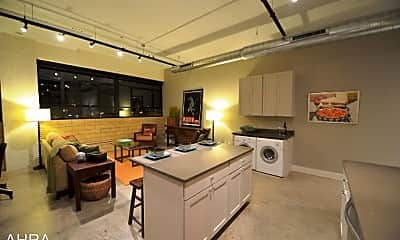 Kitchen, 3965 Laclede Ave, 0